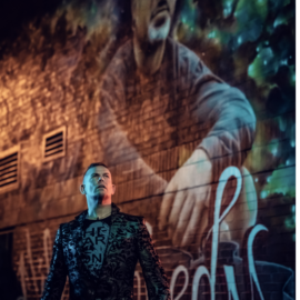 LOCATION SCOUTING: Grafitti Alley TORONTO with TorresTornerARTProjects for 2019 10×10 Photography Project Darkness Breathes Light Latinx A Torres